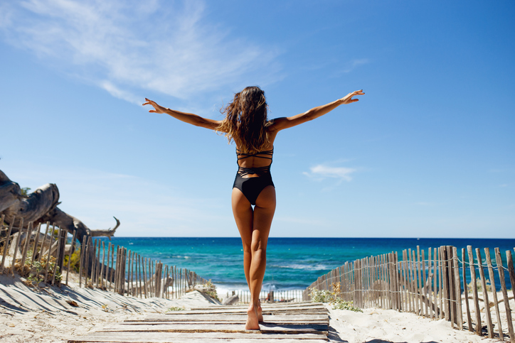 Give Yourself The Perfect New Year's Gift: Liposuction!